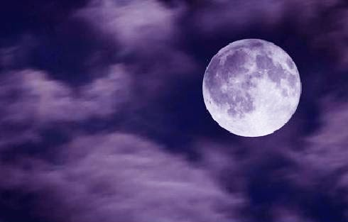 Why You Absolutely Need To Experience The Magic of Making Full Moon Water B-Day+Moon