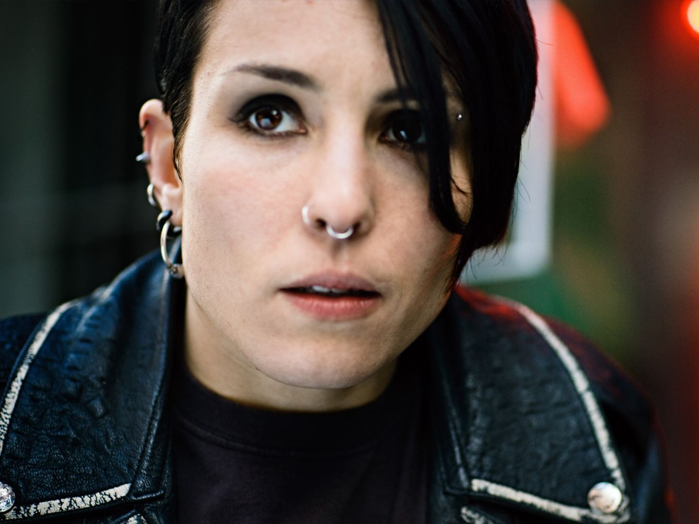 Girl with dragon tattoo noomi rapace amusing message