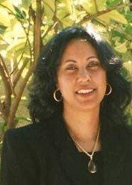 DISEÑADORA DE LA  PAGINA Y PRIMERA MUJER EN PRESIDIR UN COMITE INTERMEDIO,  SECCIONAL DEL BRONX, NY