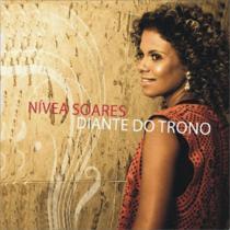 12soares Nivea Soares Diante do trono