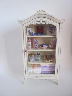 Vilia miniature vetrinette per bagno - Bagno in miniatura ...