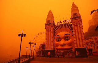 Dust over Luna Park