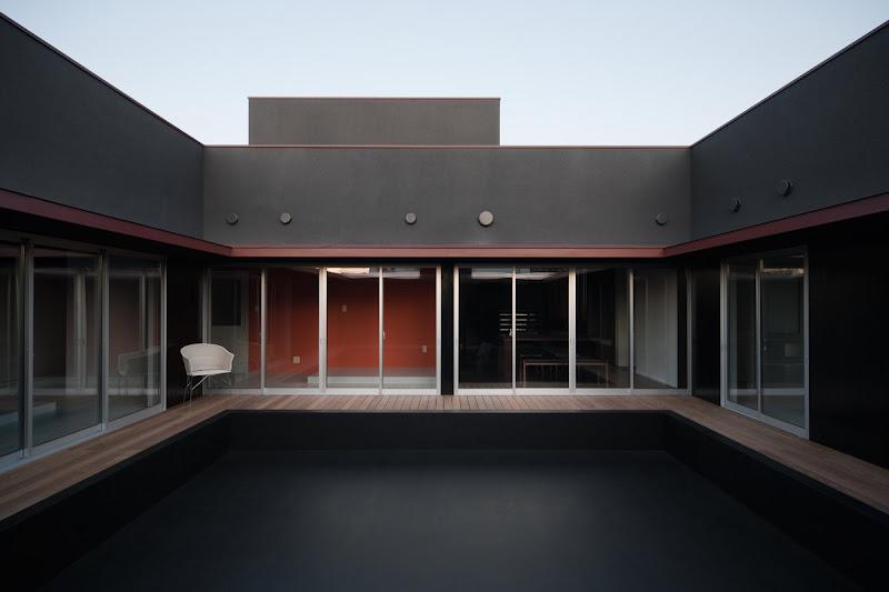 Interiores minimalistas los interiores minimalistas de for Minimalist white house by koichi kimura
