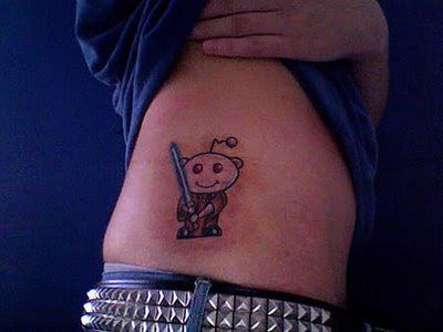 9 Hilarious Tattoos For Blog Addicts
