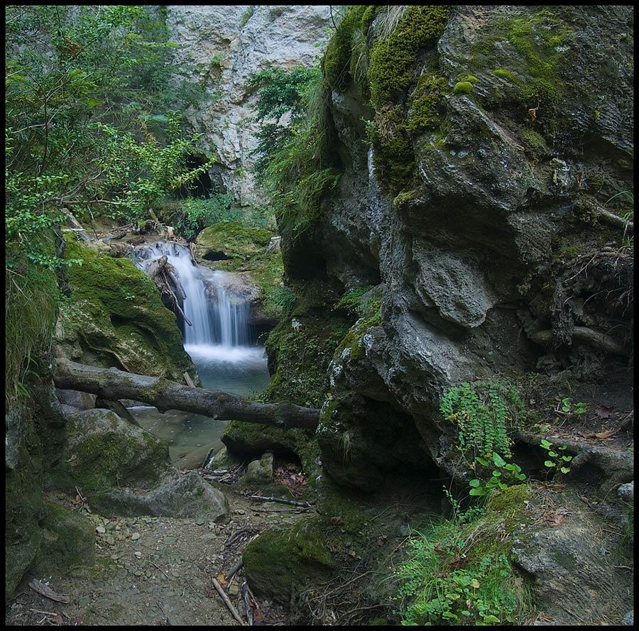 El sabayao cascada en belabarce for Cascada par