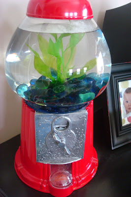 Gumball fish tank from thrifty decor chick for Gumball fish tank