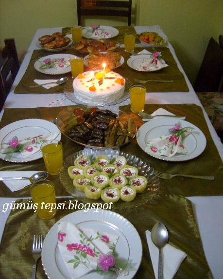 doğum günü masası ve menüsü