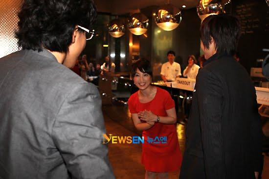 http://1.bp.blogspot.com/_vu9uqzISxb0/TEWRQimrMzI/AAAAAAAAME4/ThbM1w_auOo/s1600/2.jpg