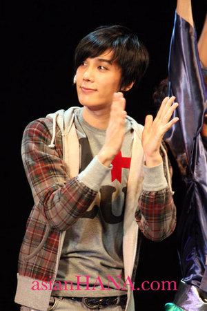 Park Jung Min @ Kizuna Musical de japon 15