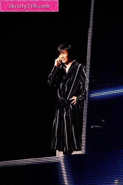 Park Jung Min @ Kizuna Musical de japon 10