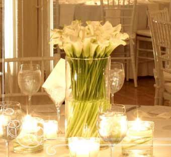 Calla Lily Wedding Centerpiece   Wedding Flower Photos