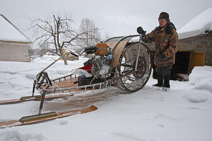 Mighty Lists 18 Awesome Snowmobiles