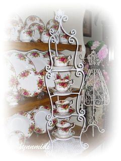 Wrought Iron Cups & Saucers Stand
