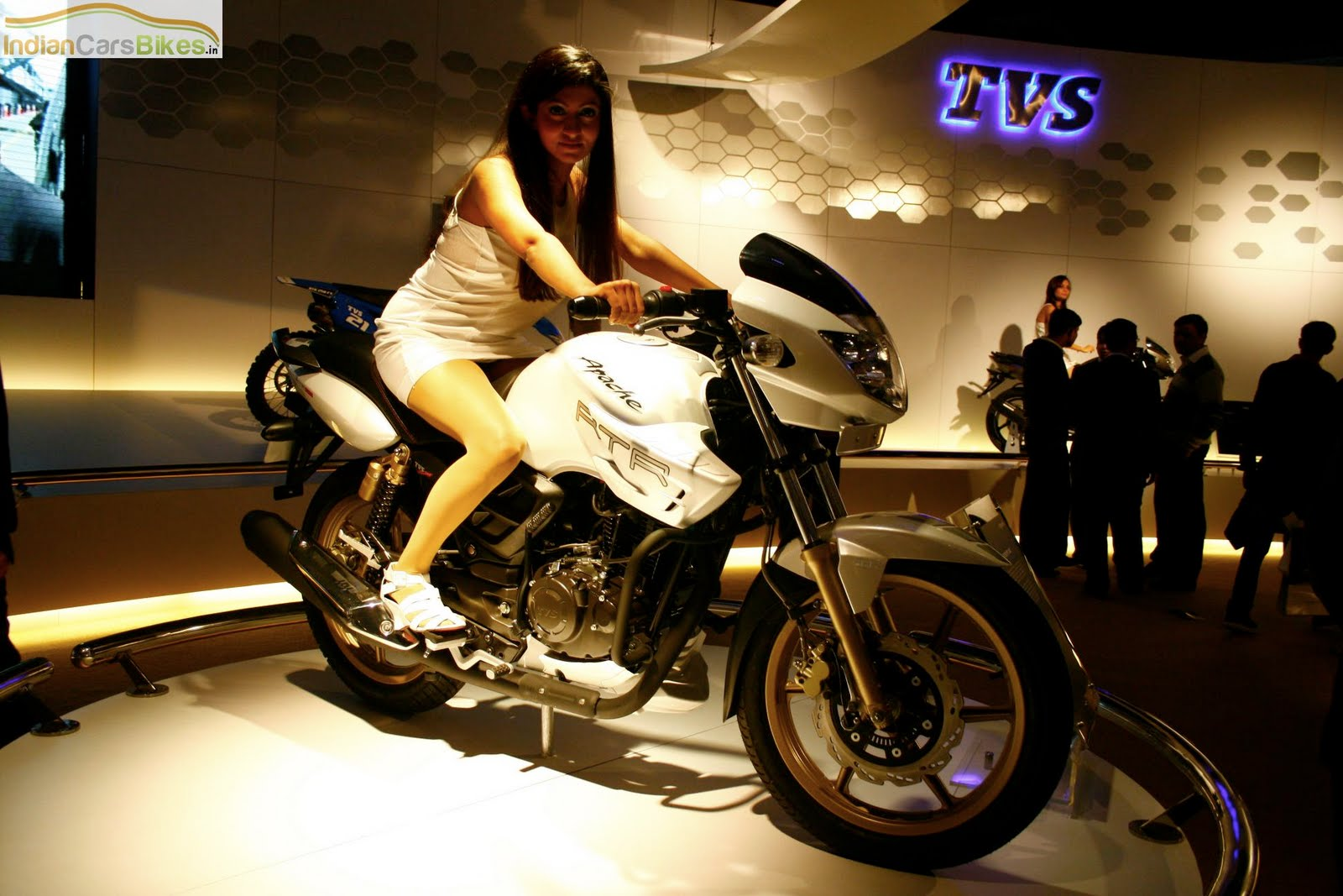 Tvs Apache Rtr 250 Bike With Abs Breaking