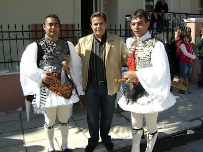 Εγώ με Σάκη Παπαδή και Στέργιο Τσίλκο