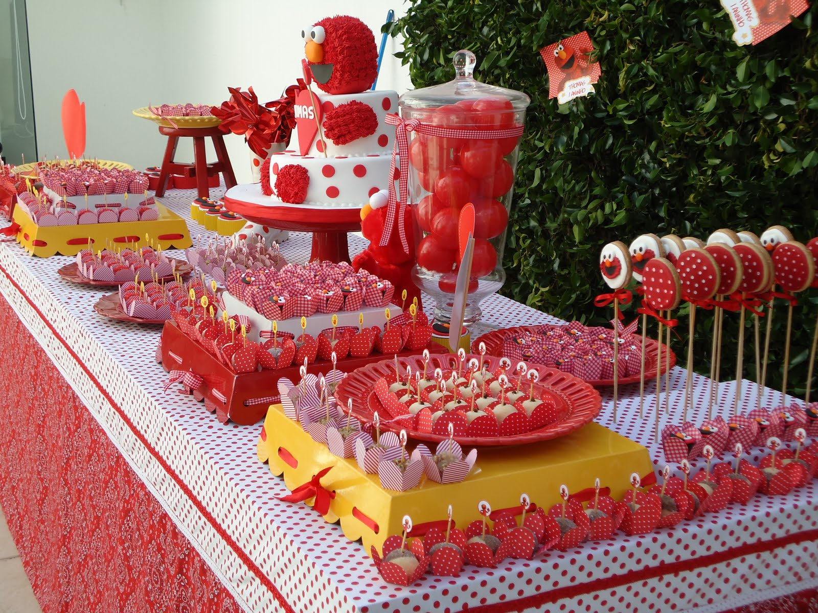 Kara s Party Ideas Elmo Birthday Party