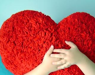http://1.bp.blogspot.com/_vy3nXTj3frc/TAkdolfzu-I/AAAAAAAAABg/yQ0AwiEqFO8/s1600/heart.jpg