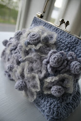 I LOVE TO CROCHET.....
