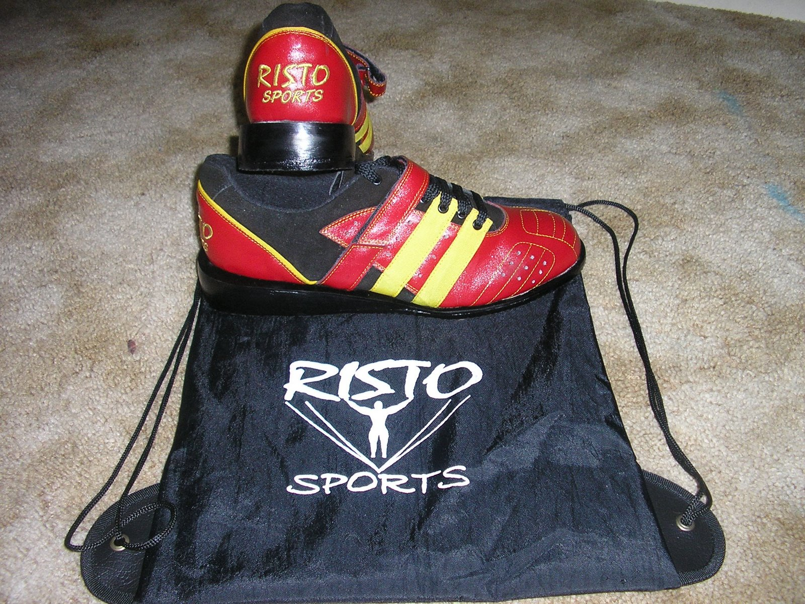 Risto Weight lifting Shoes with carrying bag