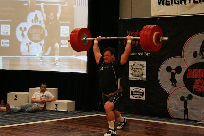 Rick Bucinell, breaking master world record in Risto's!