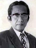 Asmaraman Sukowati Kho Ping Hoo; adalah penulis cersil (cerita silat
