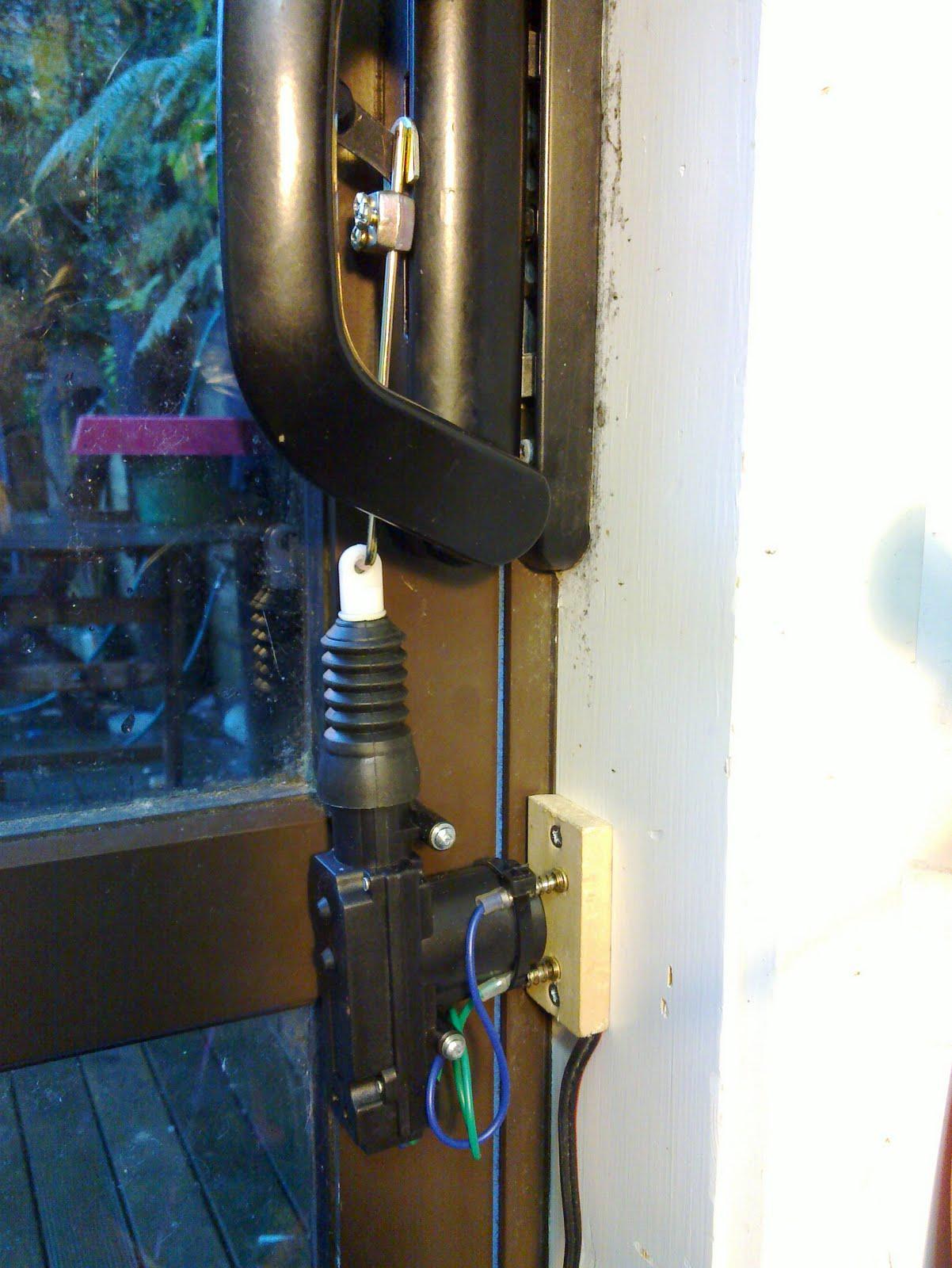Artifex electronic sliding door lock