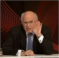 John Howard, Mantan Perdana Mentri Australia Dilempar Sepatu