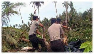 Foto-Foto Pasca Tsunami Mentawai Sumatra Barat