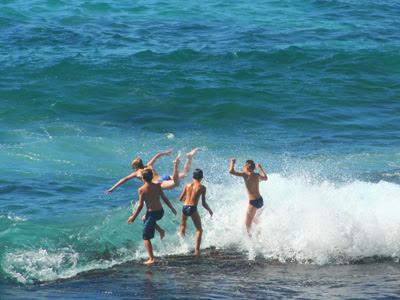 Bondi Beach beach munkys