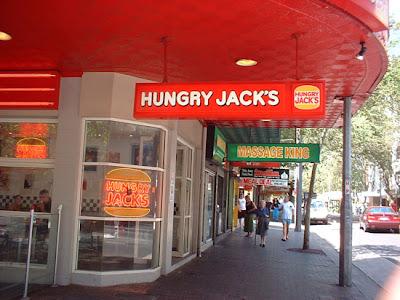 Comida na Austrália hungry jacks sign