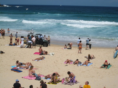 Tem Muito Oriental na Austrália? bondi beach rescue