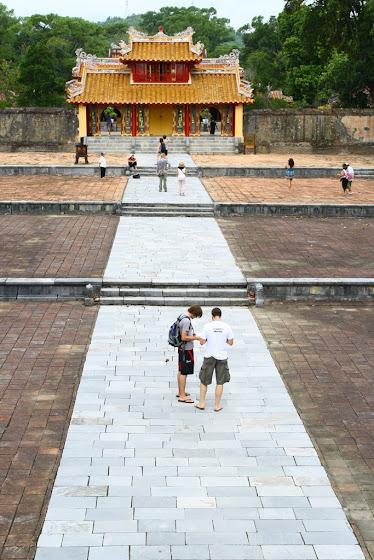 Acá uno de los templos que visitamos en Hue