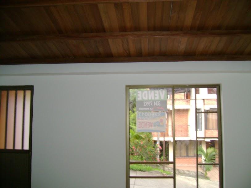Casas en pereira cieloraso for Casas con tablillas