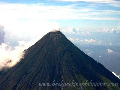 mayon volcano crater lake