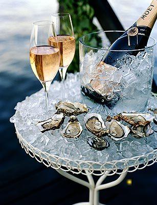 [champagne+m+ostron.jpg]