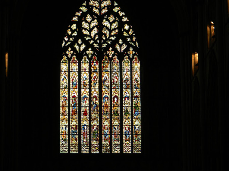 Chancel choir tour of scotland and england first for Rose window york minster
