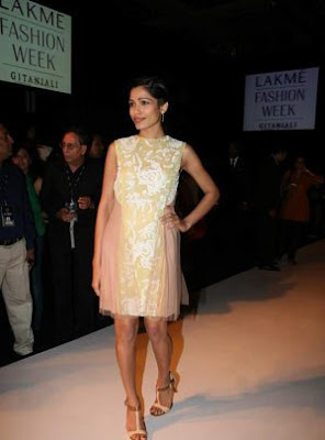 Freida Pinto at Christopher Kane Show