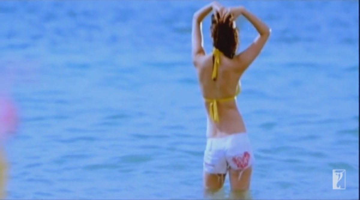 models photos priceless: *anushka sharma sizzles in bikini in