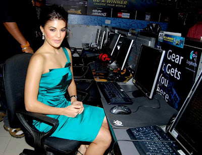 Jacqueline Fernandez graces The Gillette Mach3 India Gaming