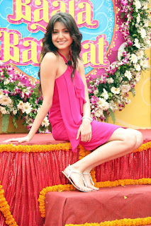 Anushka Sharma at Band Baaja Baraat Press Meet