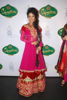 Amrita Rao at Aamby Valley India Bridal Week