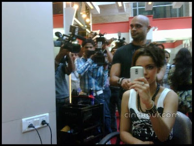 Shazahn Padamsee at Orange Movie Shooting