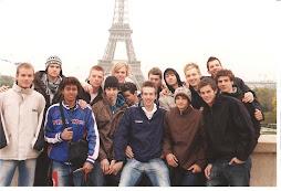 top street-IN EUROPE-trabalho realizado com rapazes de Berlin que se apresentaram em Paris
