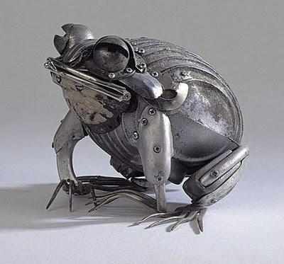 Animal Aggro Arena Metal+art-frog