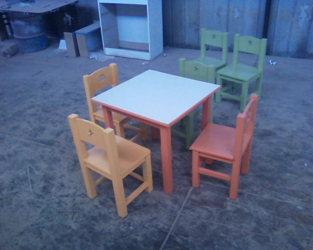 Muebles jazlyn mesas y sillas for Muebles mesas y sillas