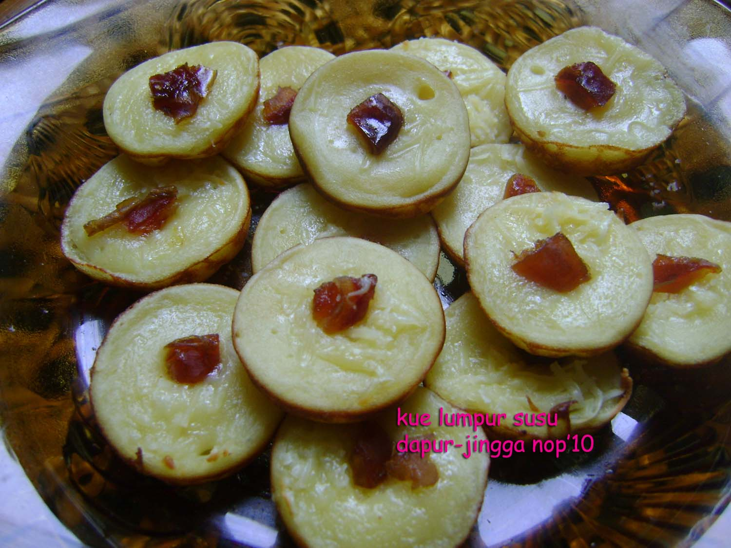 kue bisnisukm comment on this picture kue lumpur kentang susu