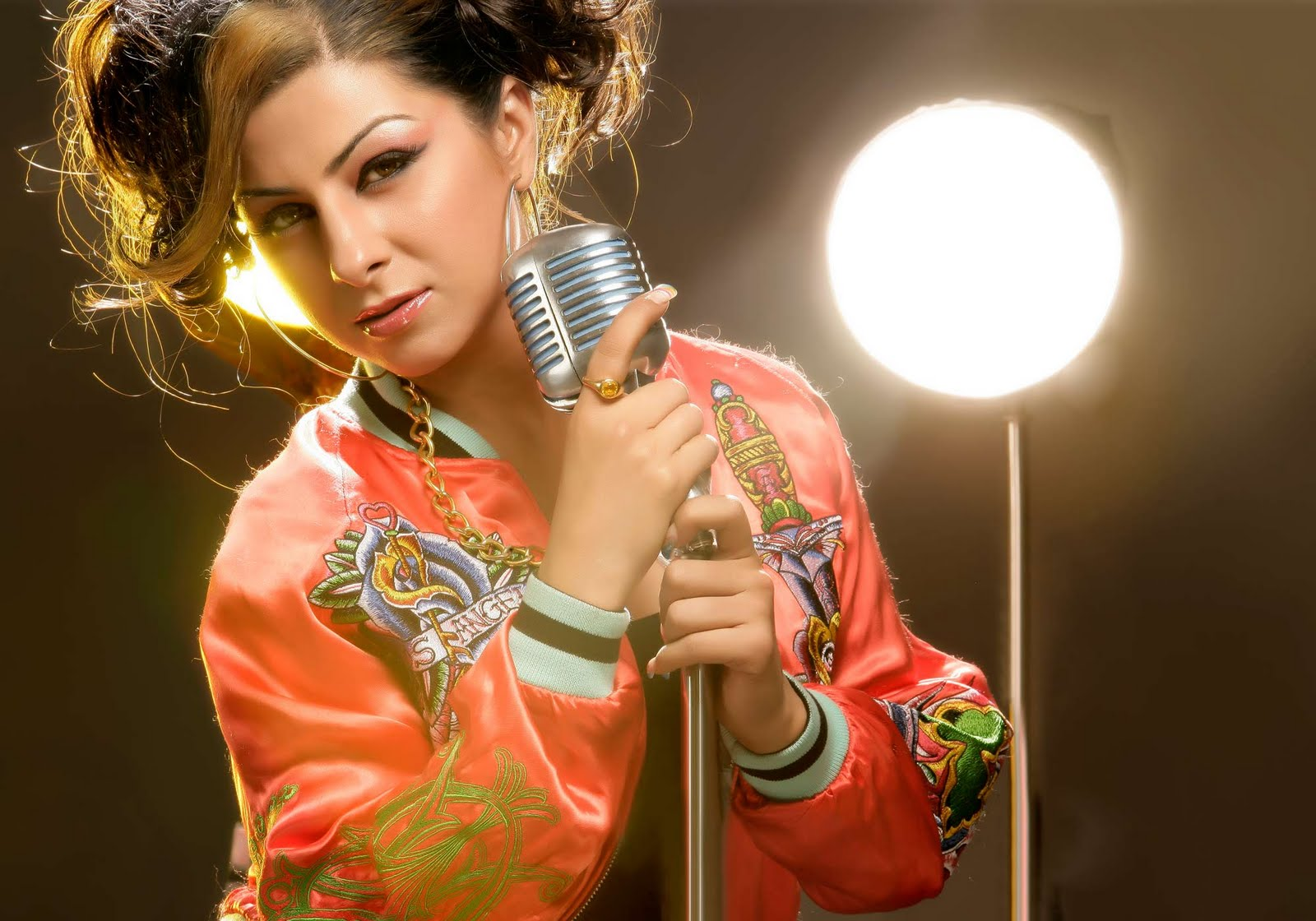 hard kaur hot