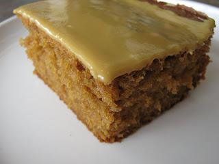 recettes dessert  GÂTEAU À LA MÉLASSE