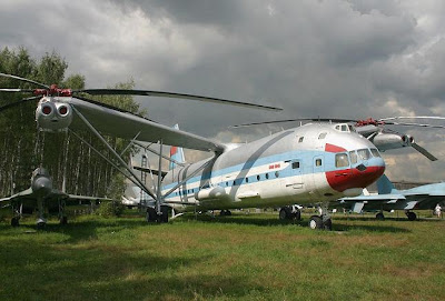 Mi-12 - The biggest helicopter in the world