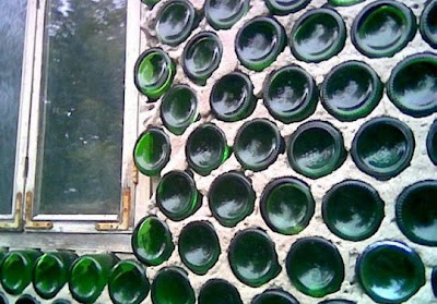 house+made+from+glass+bottles
